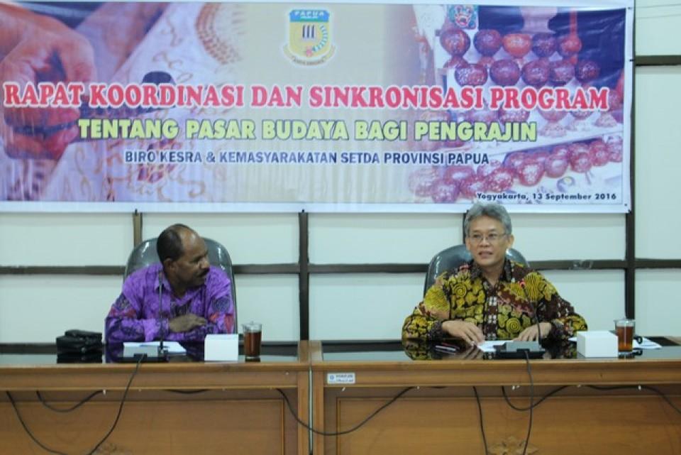 Kunjungan Menteri Perindustrian Bapak Saleh Husin ke Balai Besar Kerajinan dan Batik Yogyakarta_foto