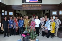 Dorong Pengembangan Litbang Unggulan Balai, Irjen Kemenperin Berkunjung ke Balai Besar Kerajinan dan Batik._foto