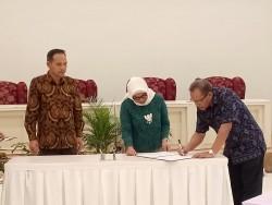 Serah Terima Jabatan Kepala Balai Besar Kerajinan dan Batik _foto
