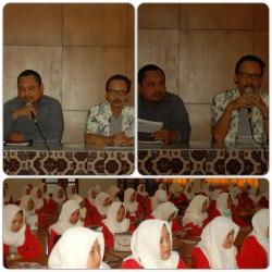 Kunjungan Industri Perdana SMK N 1 Ponorogo ke Balai Besar Kerajinan dan Batik Yogyakarta_foto