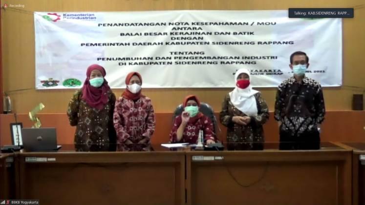 Penandatangan MoU  antara Pemda Kabupaten Sidenreng Rapang (Sidrap)  dengan BBKB Yogyakarta  Dalam Rangka Penumbuhan dan Pengembangan Industri _foto