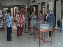 Kepala Balai Besar Kerajinan dan Batik  Menerima Kunjungan  Tim dari Kadipaten Pakualaman Kawedanan Keputren Lan Adat Yogyakarta_foto
