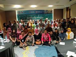 SOSIALISASI WORKSHOP PENGEMBANGAN UKM BATIK  BERBASIS SAWIT DI SURABAYA