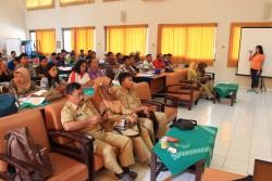Pembukaan Pelatihan Kerajinan Ukir Kayu dan Tempurung Kelapa_foto