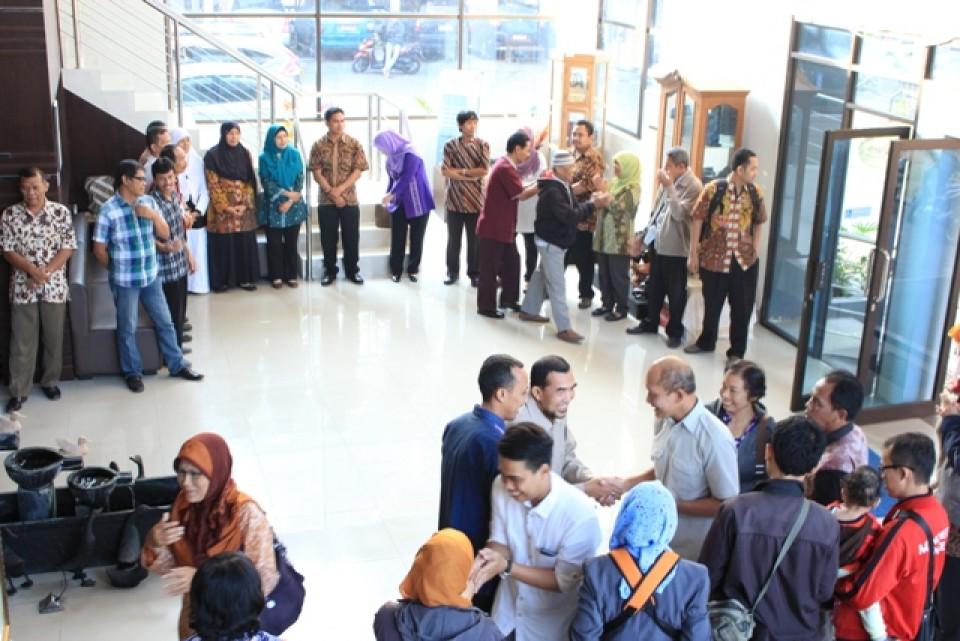 Suasana Hari Pertama Masuk Kerja di Balai Besar Kerajinan dan Batik Yogyakarta_foto