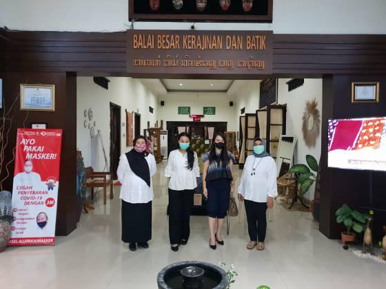 Kunjungan  PT. Sentral Kreasi Kencana (SKK Jewels) di Balai Besar Kerajinan dan Batik_foto