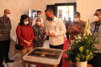 Kunjungan Kerja Menteri Perindustrian RI  Dalam Rangka Meresmikan Digital Learning Center  Kerajinan dan Batik